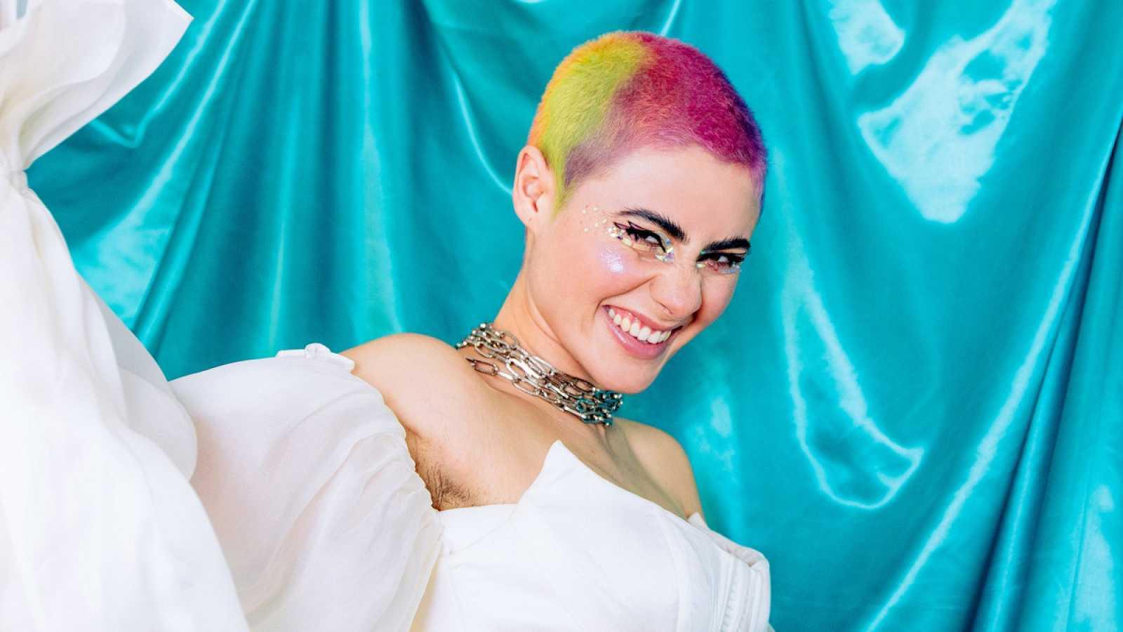 """Eurovisión 2021 - Montaigne, de Australia - """"Technicolour"""" (Videoclip oficial)"""