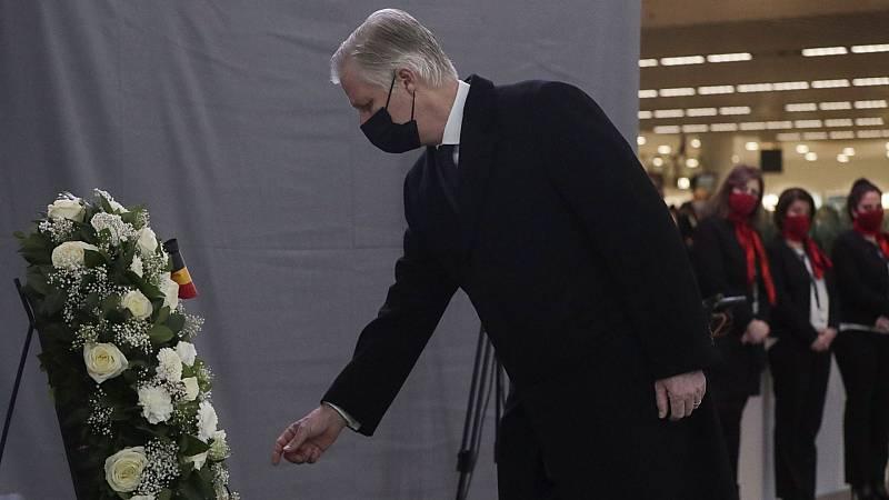 Bélgica rinde homenaje a las víctimas de los atentados yihadistas de Bruselas