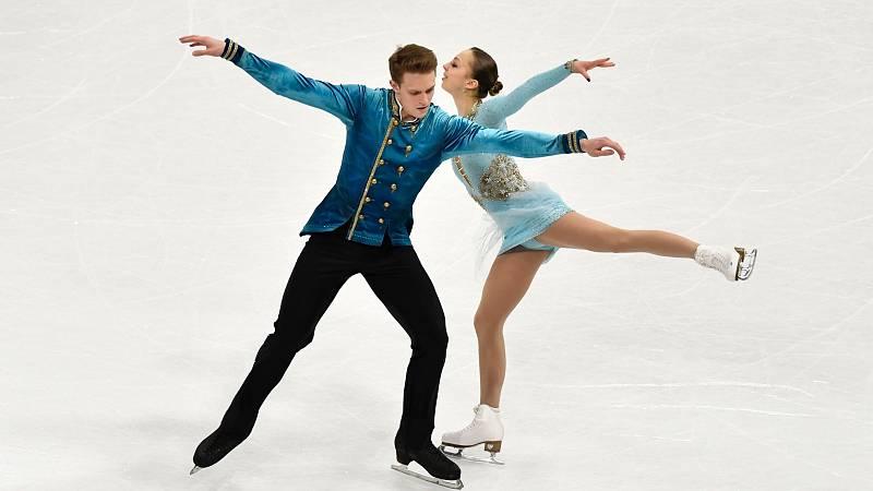 La pareja rusa Boikova/Kozlovskii toma ventaja en el programa corto