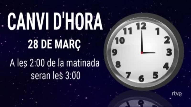 Expliquem al Cafè d'Idees que diumenge 28 de març a les dues hem d'avançar els rellotges a