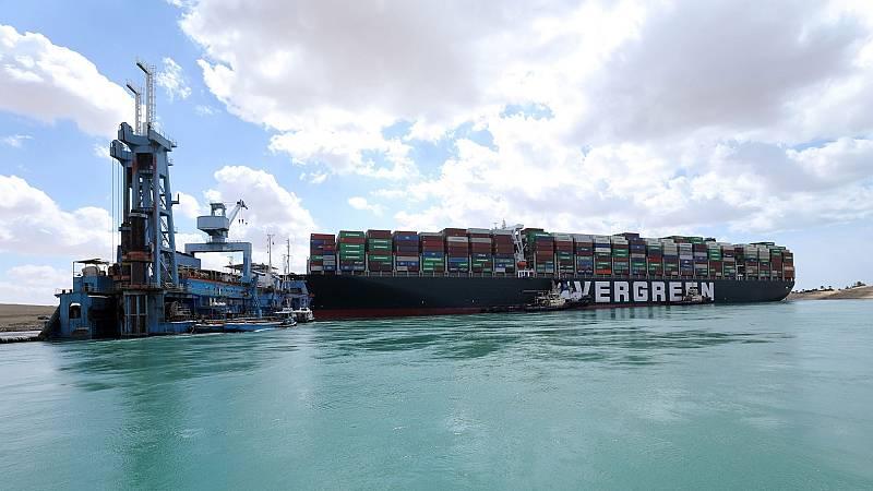 """El bloqueo del Canal de Suez no provocará desabastecimiento, pero sí """"complicaciones y tensiones de precio"""""""