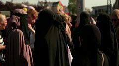 """Mimunt Hamido: """"El velo tiene un mensaje totalmente político del Islam más reaccionario"""""""