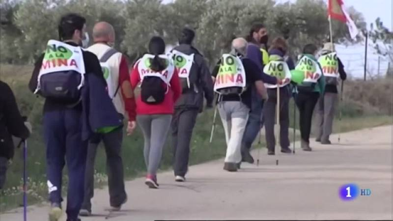 Marcha a pie contra la mina de Valdeflores - 29/03/2021