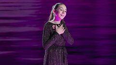 Ines Ananda ilumina el plató de Prodigios con su gran voz