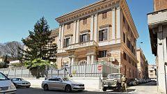 Italia expulsa a dos funcionarios de la embajada rusa y detiene a un oficial de la marina por espionaje
