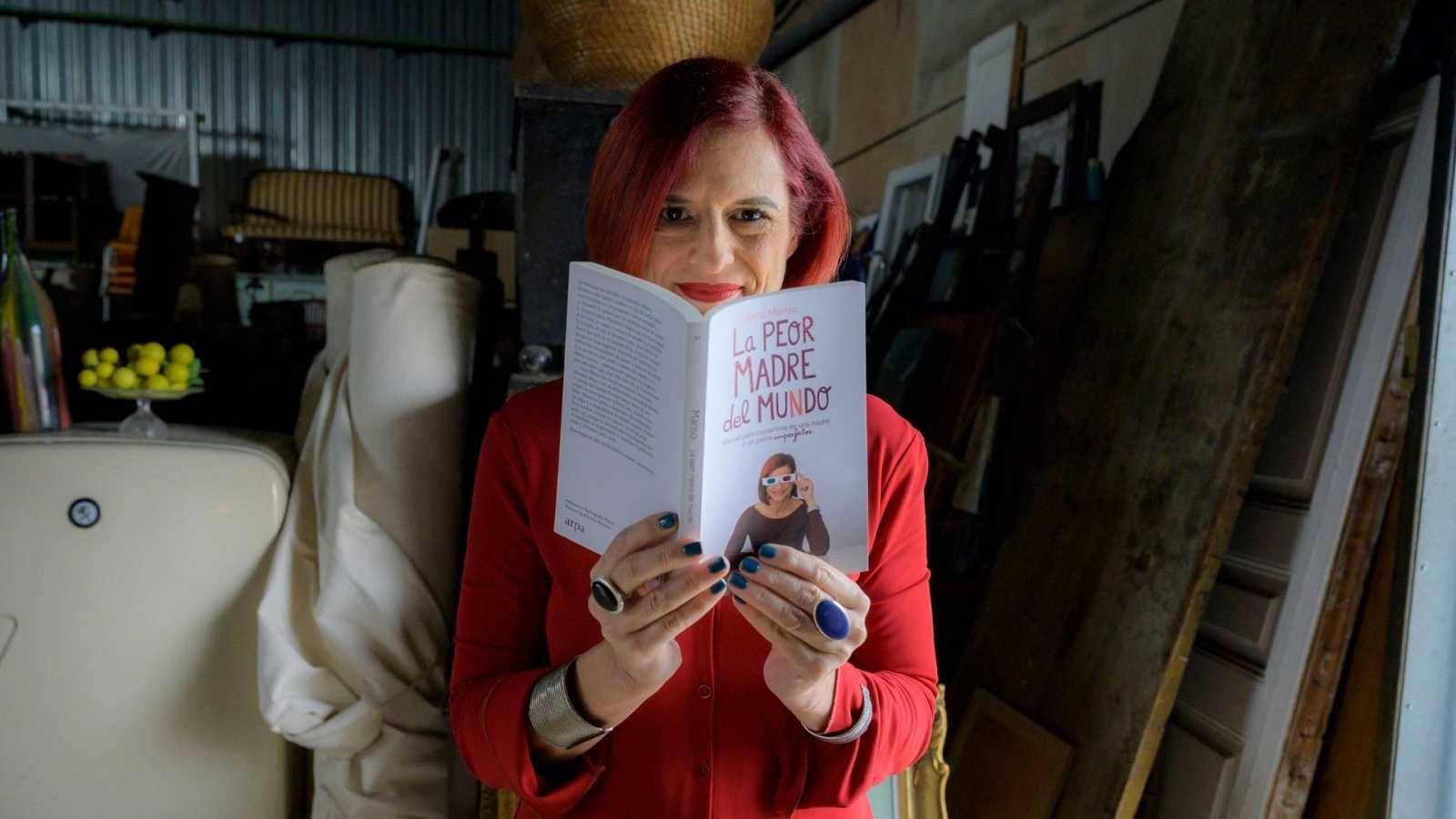 Anna Cler conversa a Noms Propis amb l¿escriptora i guionista Anna Manso