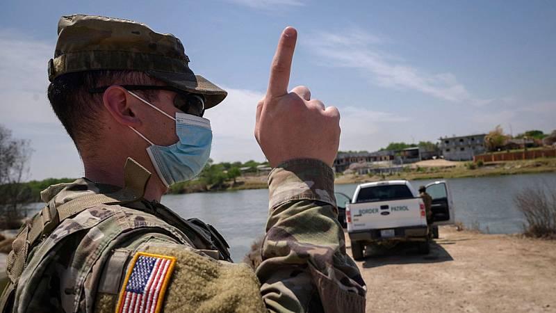 Menores hacinados en los centros de acogida de la frontera de EE.UU.