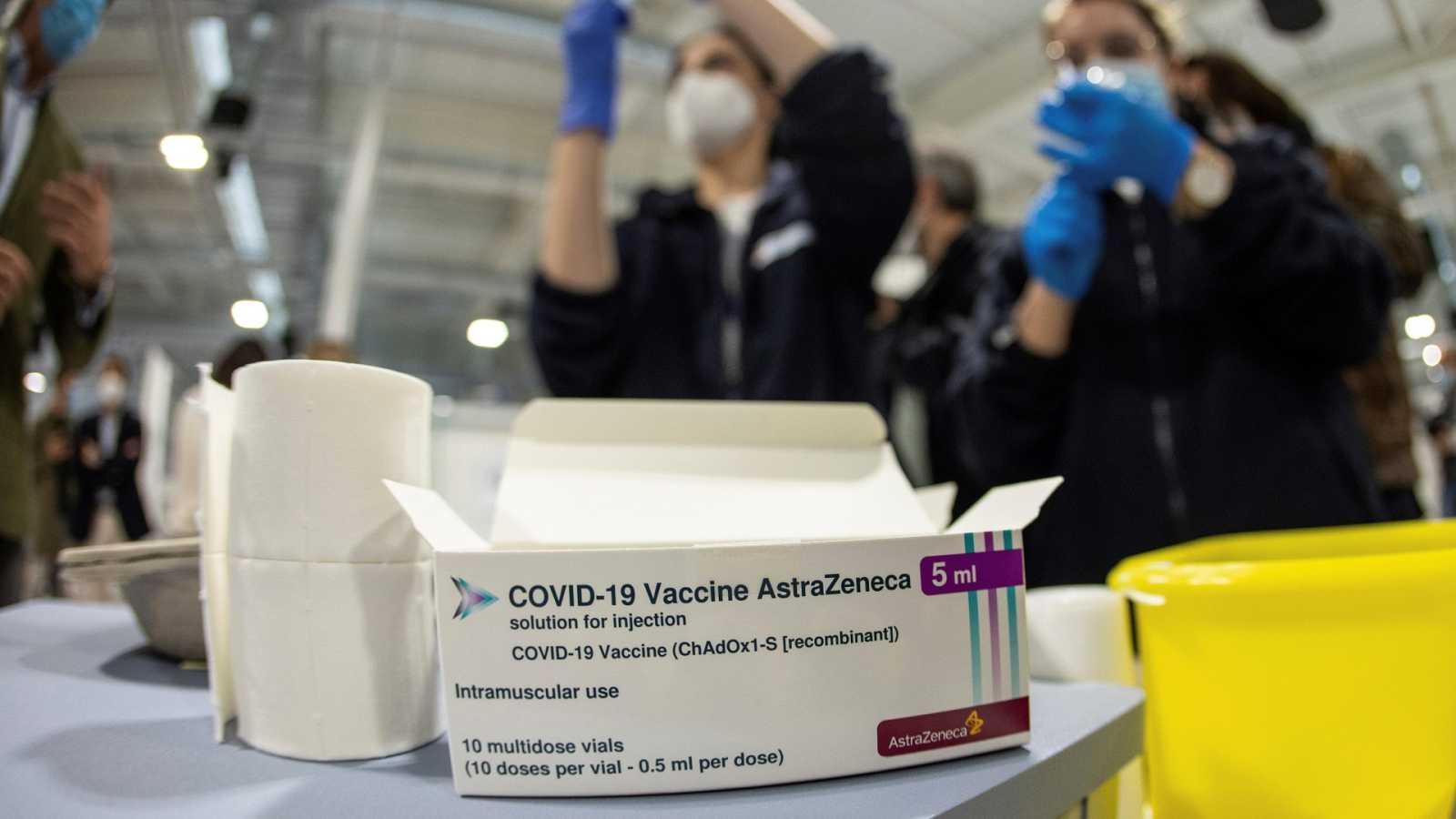 Llega un millón de dosis de AstraZeneca a España mientras las comunidades vacunan de manera desigual