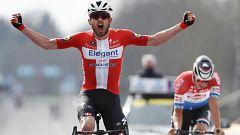 Asgreen gana al sprint a Van der Poel el Tour de Flandes 2021