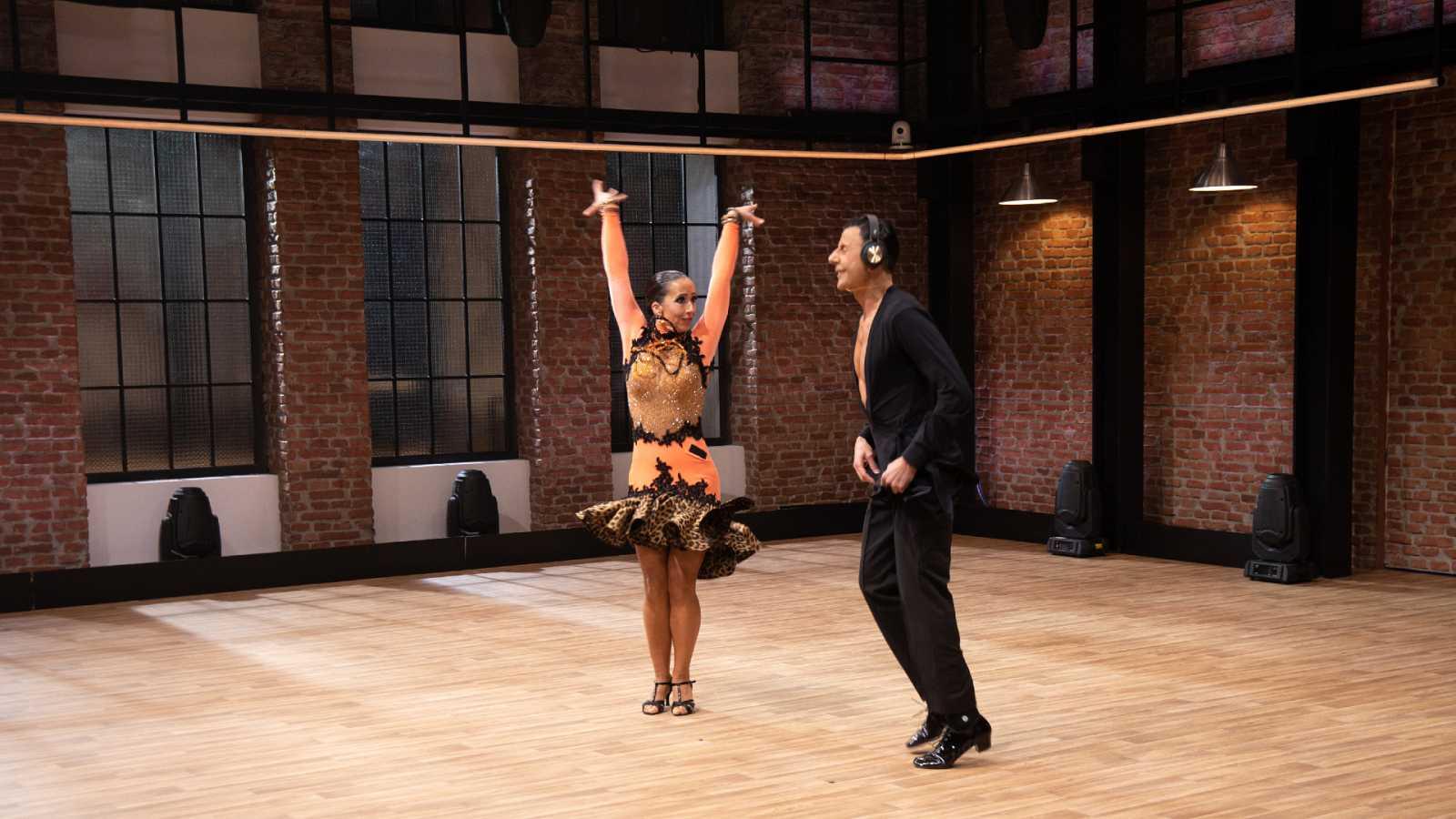 The Dancer - La sorprendente historia de Joan y Rosana, 'Bailar en el silencio'