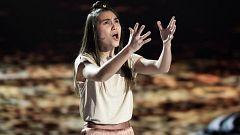 Lorena emociona Prodigios con su gran voz