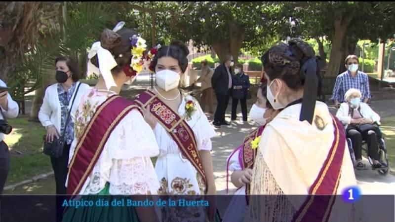 Noticia sobre el Bando de la Huerta en Murcia, con poca afluencia en las calles debido a la pandemia