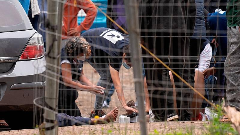 Ocho detenidos durante incidentes en un campamento de inmigrantes en Tenerife