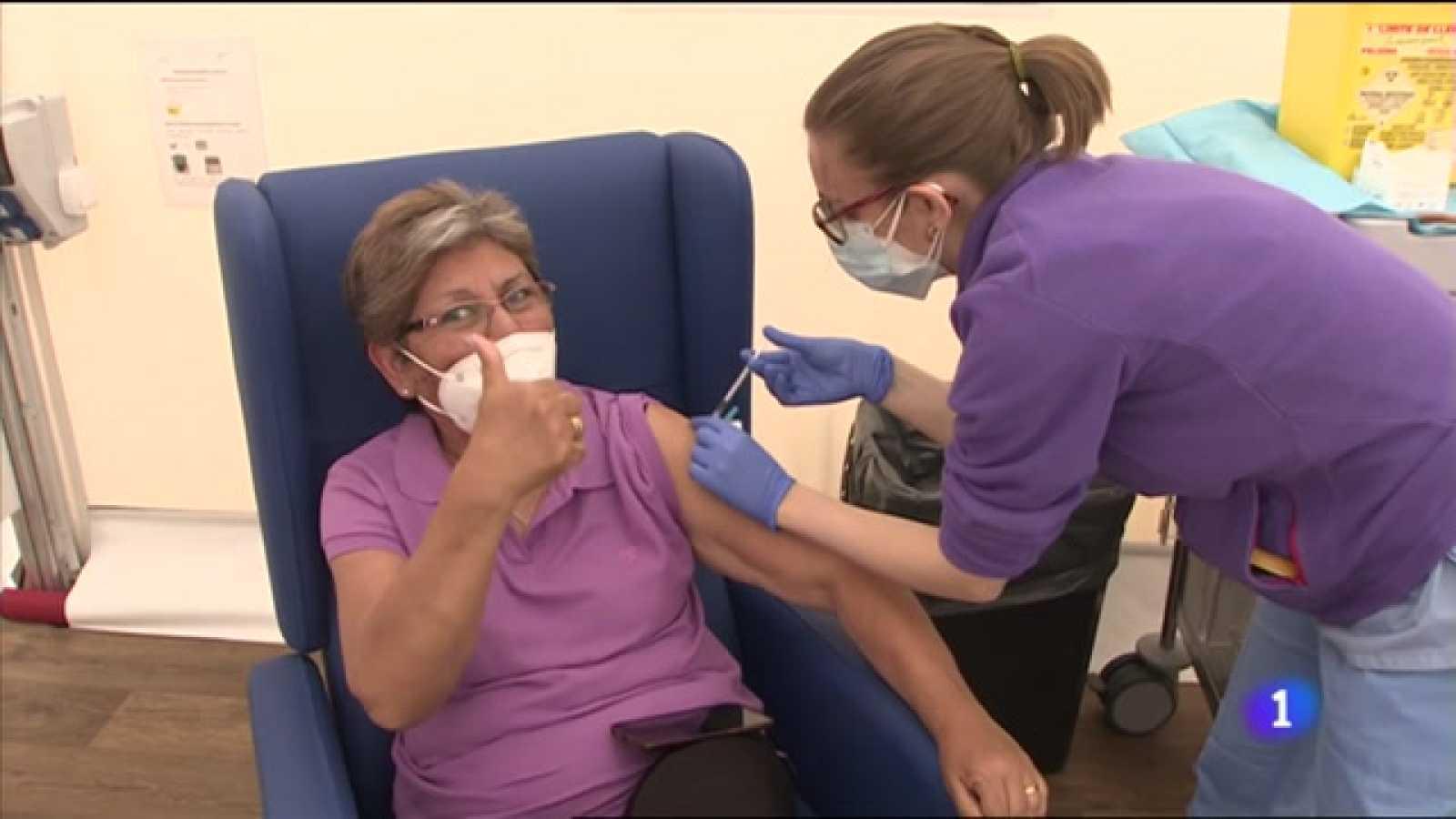 Arranca la vacunación para personas entre 55 y 65 años