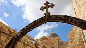 Monumentos sagrados: Iglesias, la búsqueda de la luz