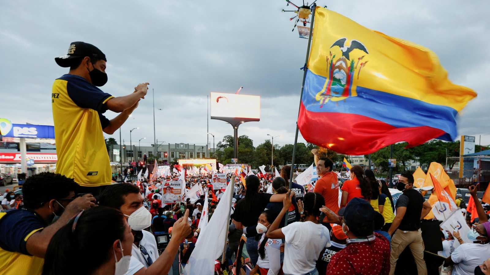 Ecuador acude a las urnas en medio de la pandemia del coronavirus