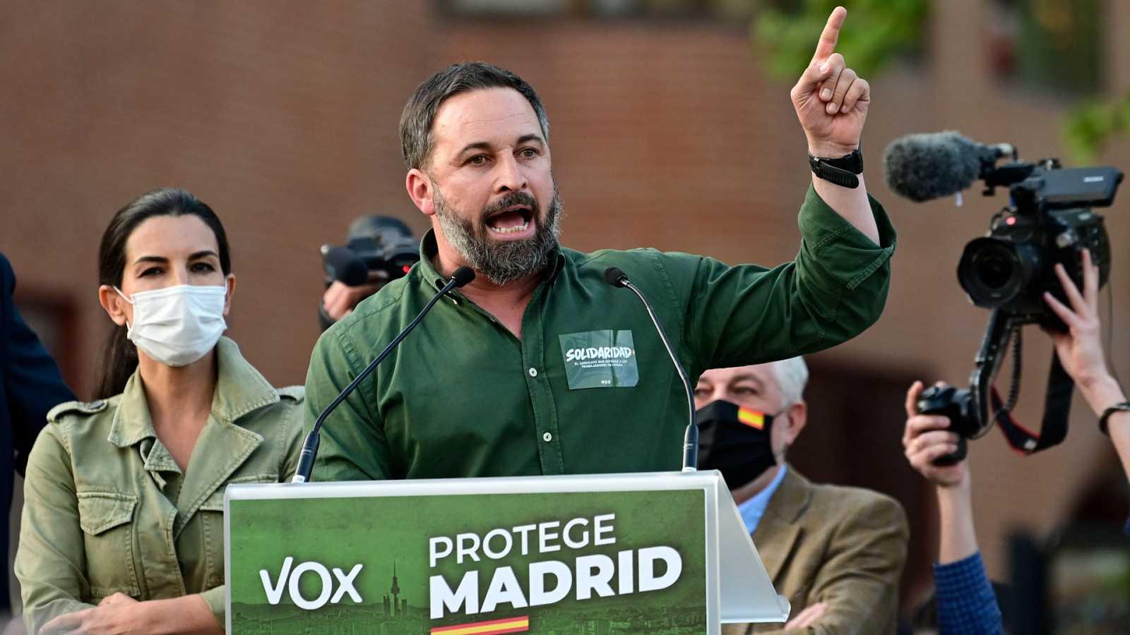 Abascal culpa al Gobierno de coalición de los disturbios en Vallecas