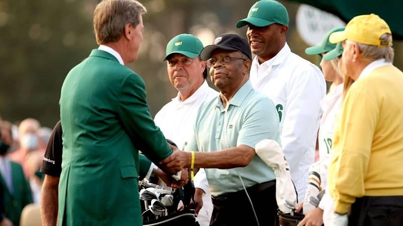 El Masters de Augusta rinde homenaje a Lee Elder