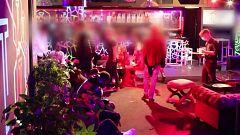 Las fiestas ilegales alimentan la cuarta ola de coronavirus en España