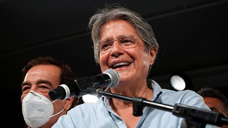 El conservador Guillermo Lasso gana por sorpresa las elecciones en Ecuador
