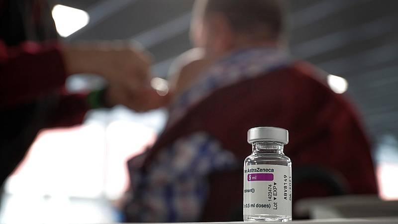En España hay 12 casos de trombos entre las 2,5 millones de personas vacunadas con AstraZeneca
