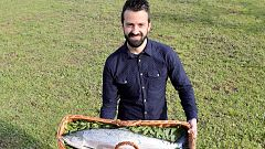 El primer salmón del año en Asturias, subastado por 10.000 euros