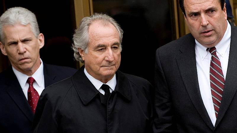 Bernard Madoff, el mayor estafador piramidal de la historia, muere en prisión mientras cumplía condena