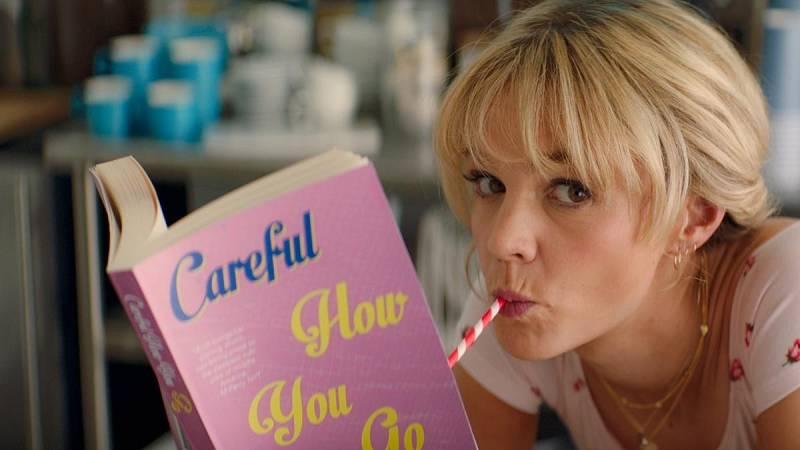 Carey Mulligan y la directora Emmerald Fennell nos hablan de 'una joven prometedora', que puede hacer historia en los Oscar