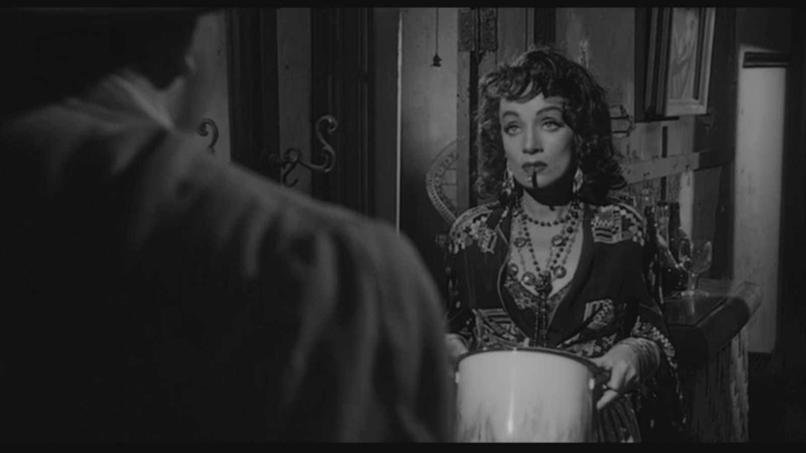 El momento de cine de Enrique Urbizu: 'Sed de mal'