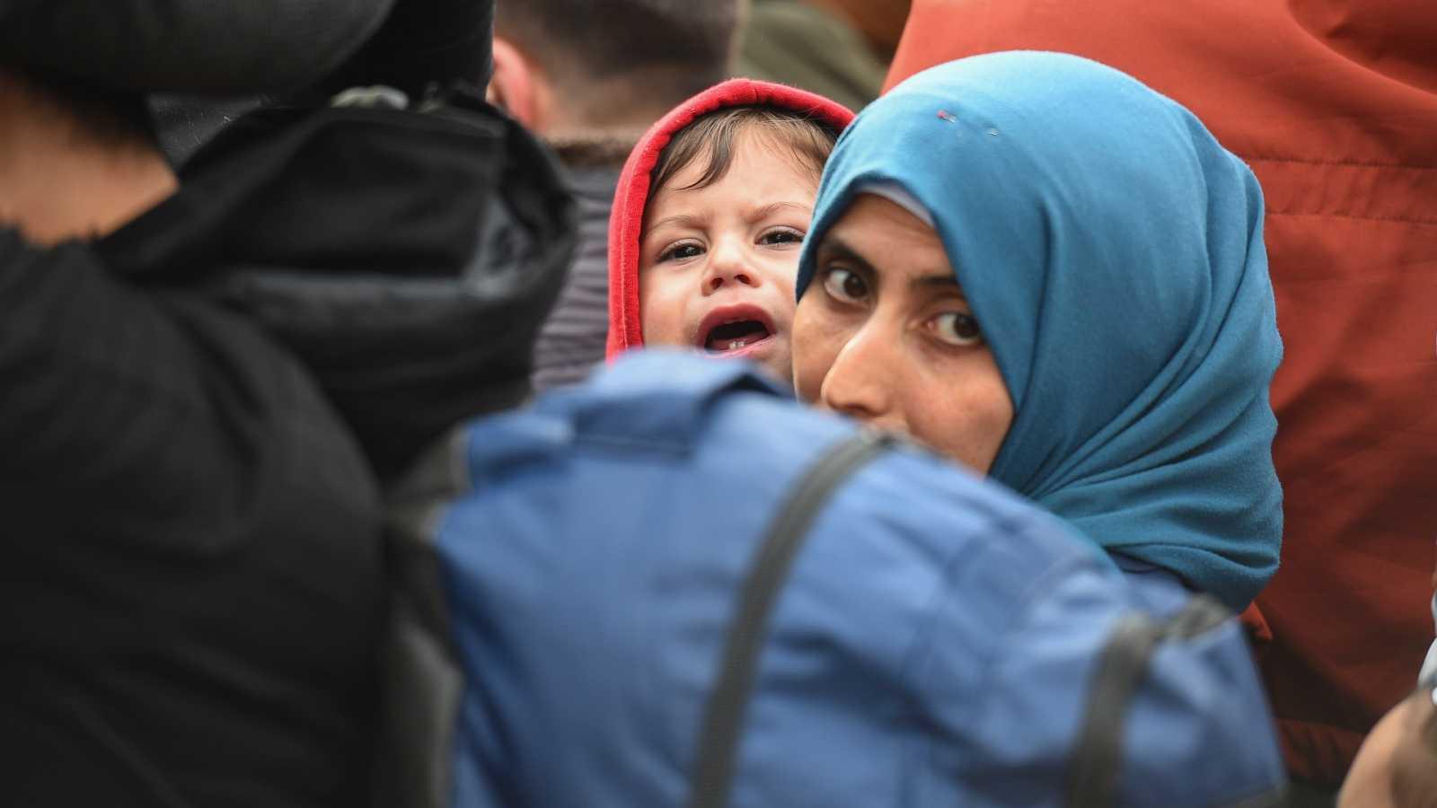 Dinamarca retira el derecho de asilo a varios sirios en el país y los mandará a campos de reclusión