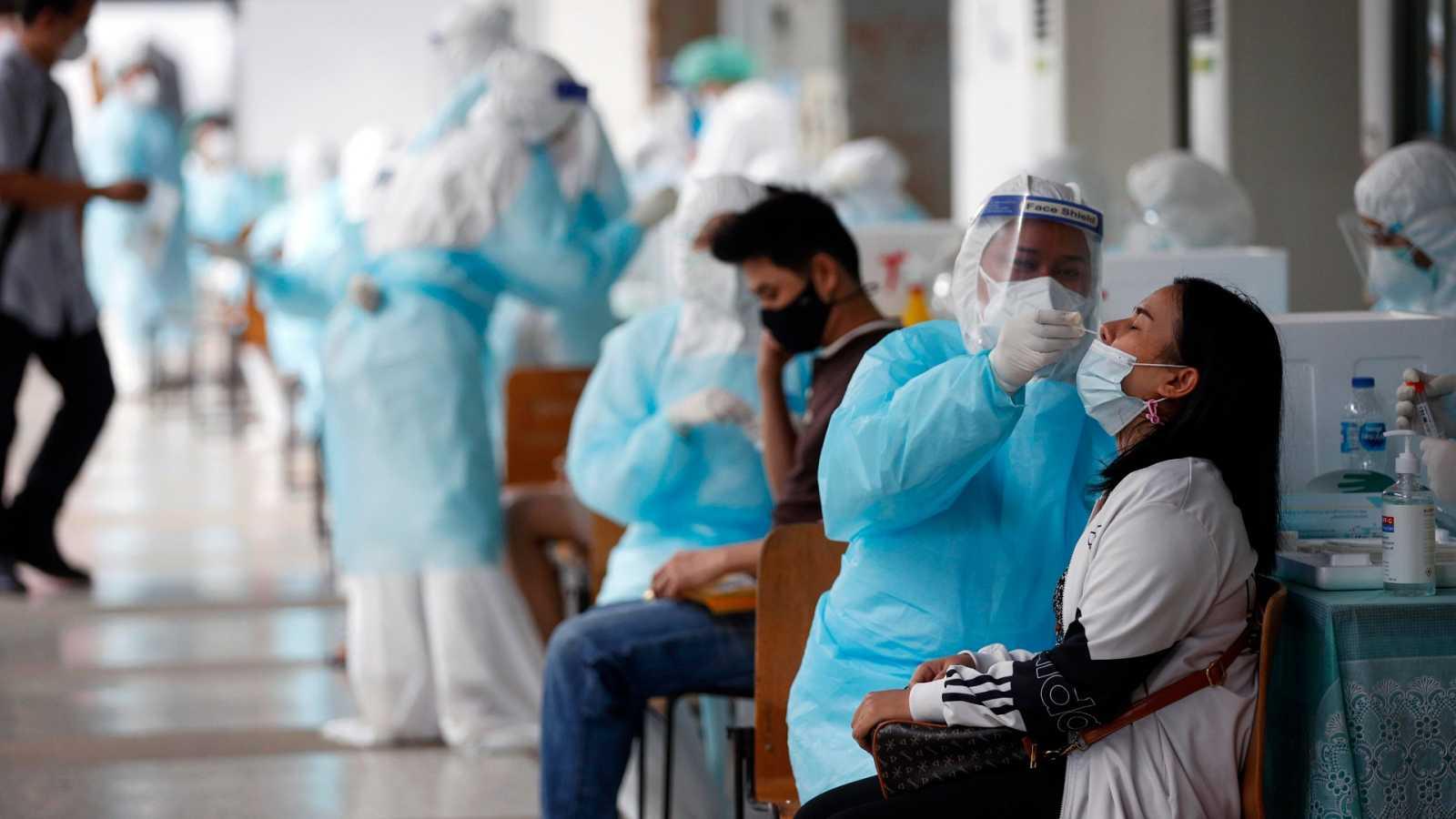El mundo supera los tres millones de muertes con coronavirus