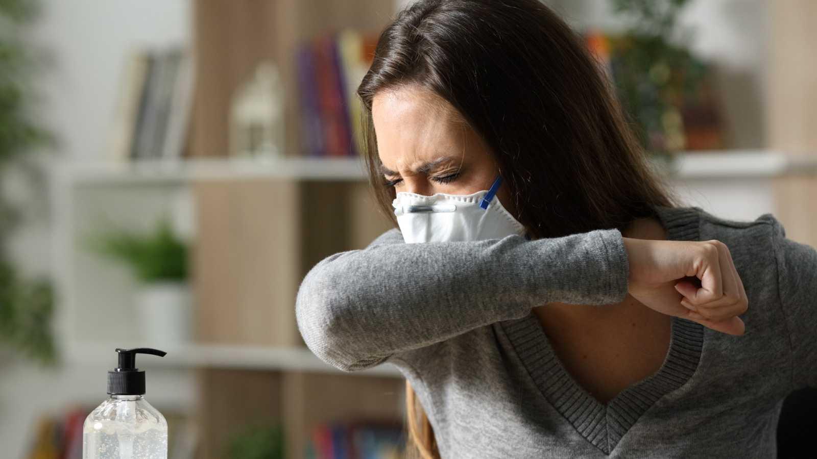 Las mascarillas, posibles aliadas para frenar las alergias al polen