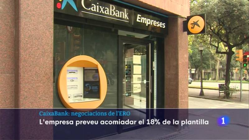 Caixabank proposa retallar 8.300 treballadors de la plantilla