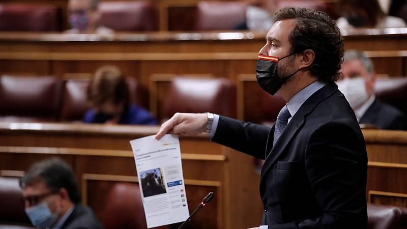 """Espinosa insiste en señalar a los MENA y Calvo replica que Vox """"no debería caber"""" en la política española"""