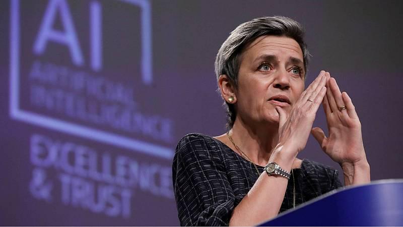 La Comisión Europea presenta su primera regulación sobre la inteligencia Artificial