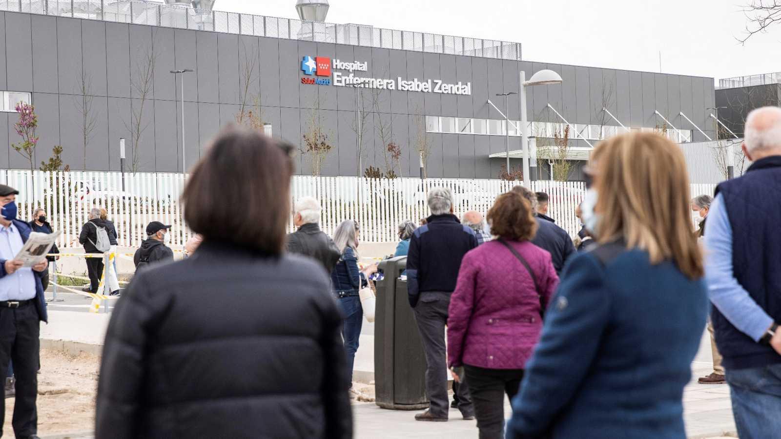 """La ministra de Sanidad acudirá al Hospital Zendal """"cuando sea invitada"""" y fuera de campaña"""