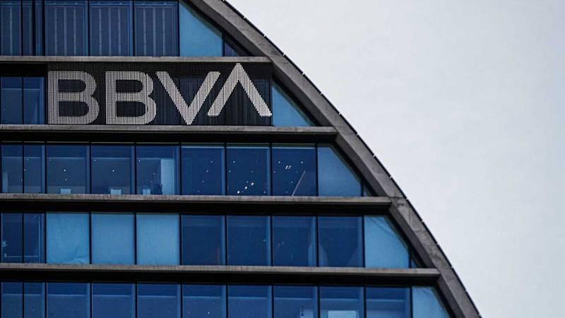 El BBVA anuncia un ERE para 3800 empleados y el cierre de oficinas