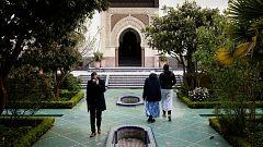 Francia cuenta con la primera mujer imán que aboga por un Islam compatible con la sociedad actual