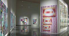 Luis Gordillo 'rejuvenece' su arte y da el salto al dibujo en cerámica