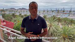 """Ángel Sabroso, árbitro de balonmano: """"Pitar una final es una buena manera de concluir una trayectoria"""""""