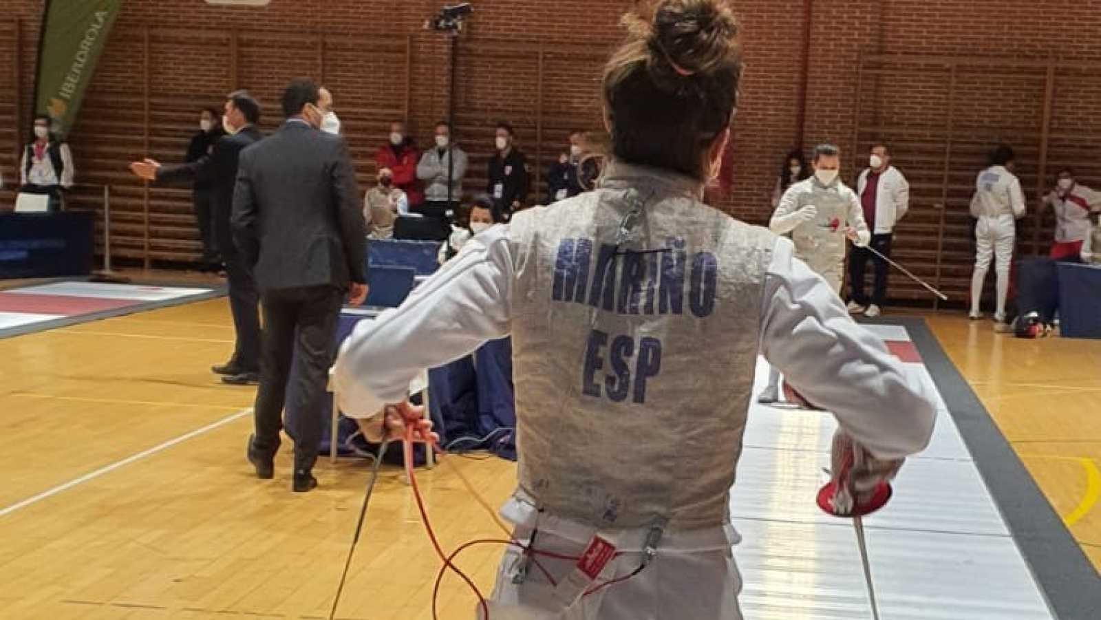 María Mariño se mete en semifinales de sable en el Preolímpico de esgrima en Madrid