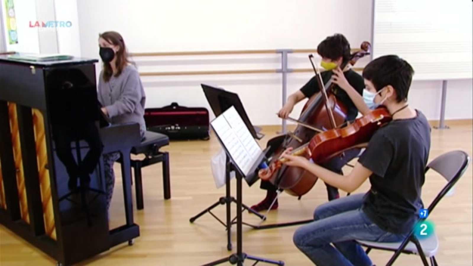 Expliquem l'èxit de l'escola de música de L'Hospitalet de Llobregat en el marc del programa de promou l'ajuntament per potenciar la cultura a les escoles de la ciutat