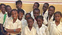 Dreamcatchers, una academia que utiliza la danza para mantener a niñas en la escuela en Nigeria