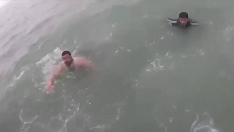 """""""Preocupación por la llegada masiva"""" de ciudadanos marroquíes a nado a Ceuta"""