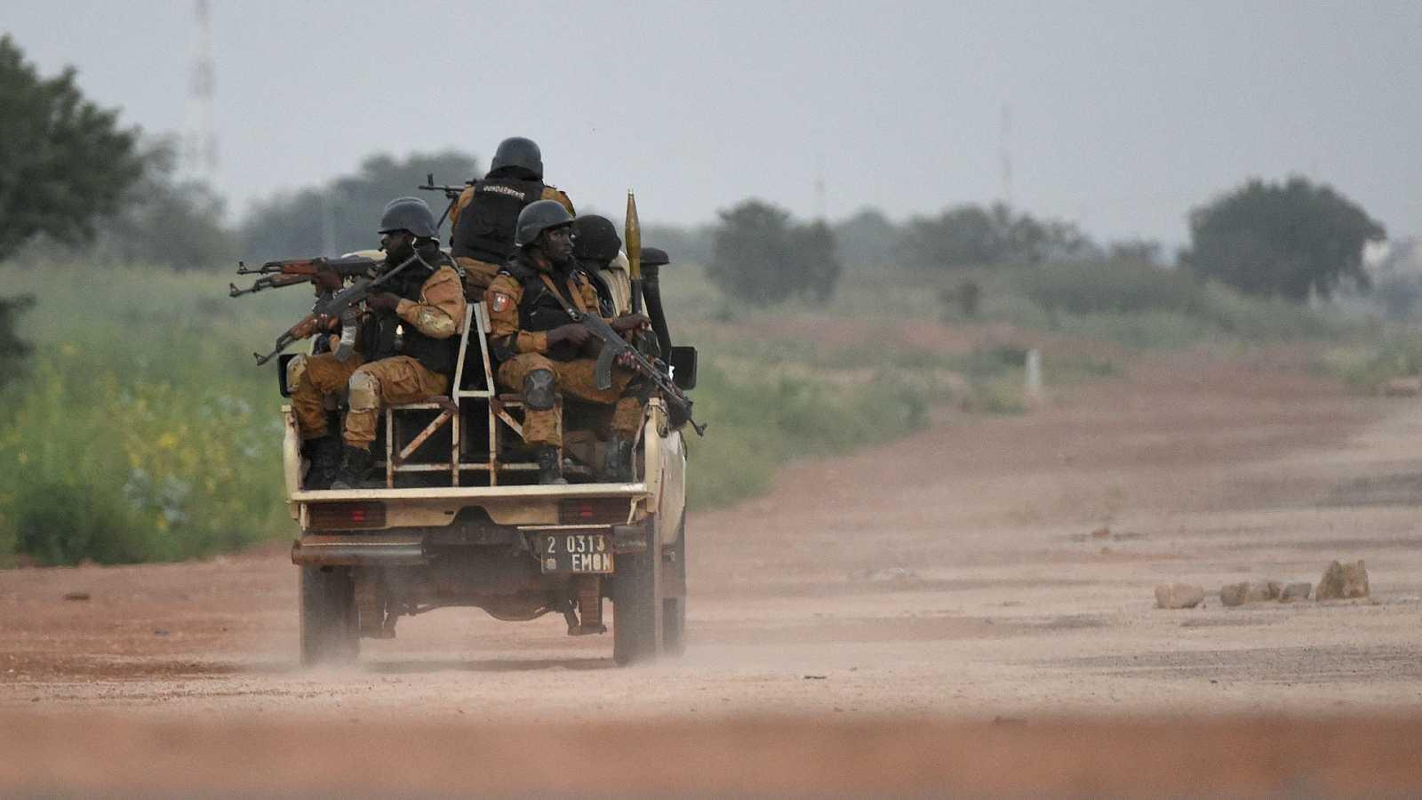 """Reporteros Sin Fronteras lamenta que haya """"triunfado el mal"""" en Burkina Faso y reconoce la trayectoria de los dos periodistas asesinados"""