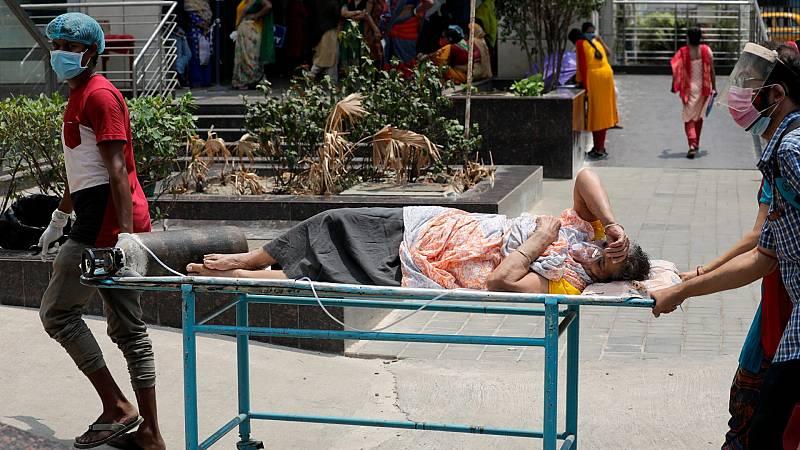 India supera los 200.000 muertos por coronavirus mientras llega la ayuda internacional