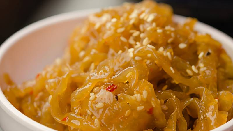 Recetas asiáticas: ensalada de medusa y enlace imperial