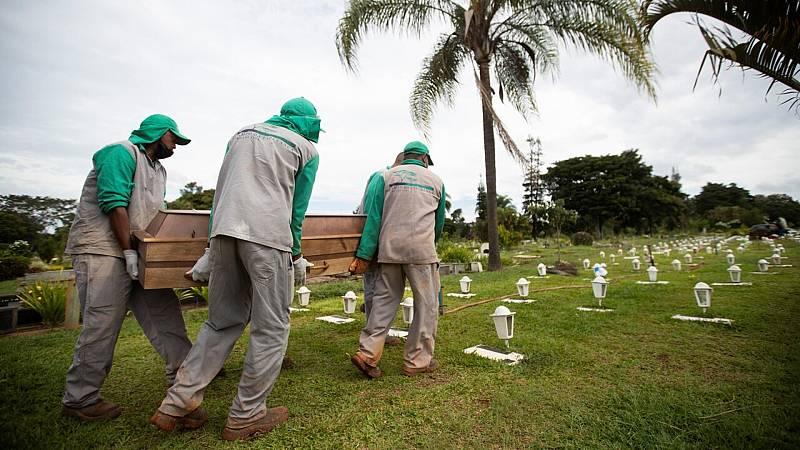 Brasil llega a los 400.000 muertos por coronavirus - Ver ahora