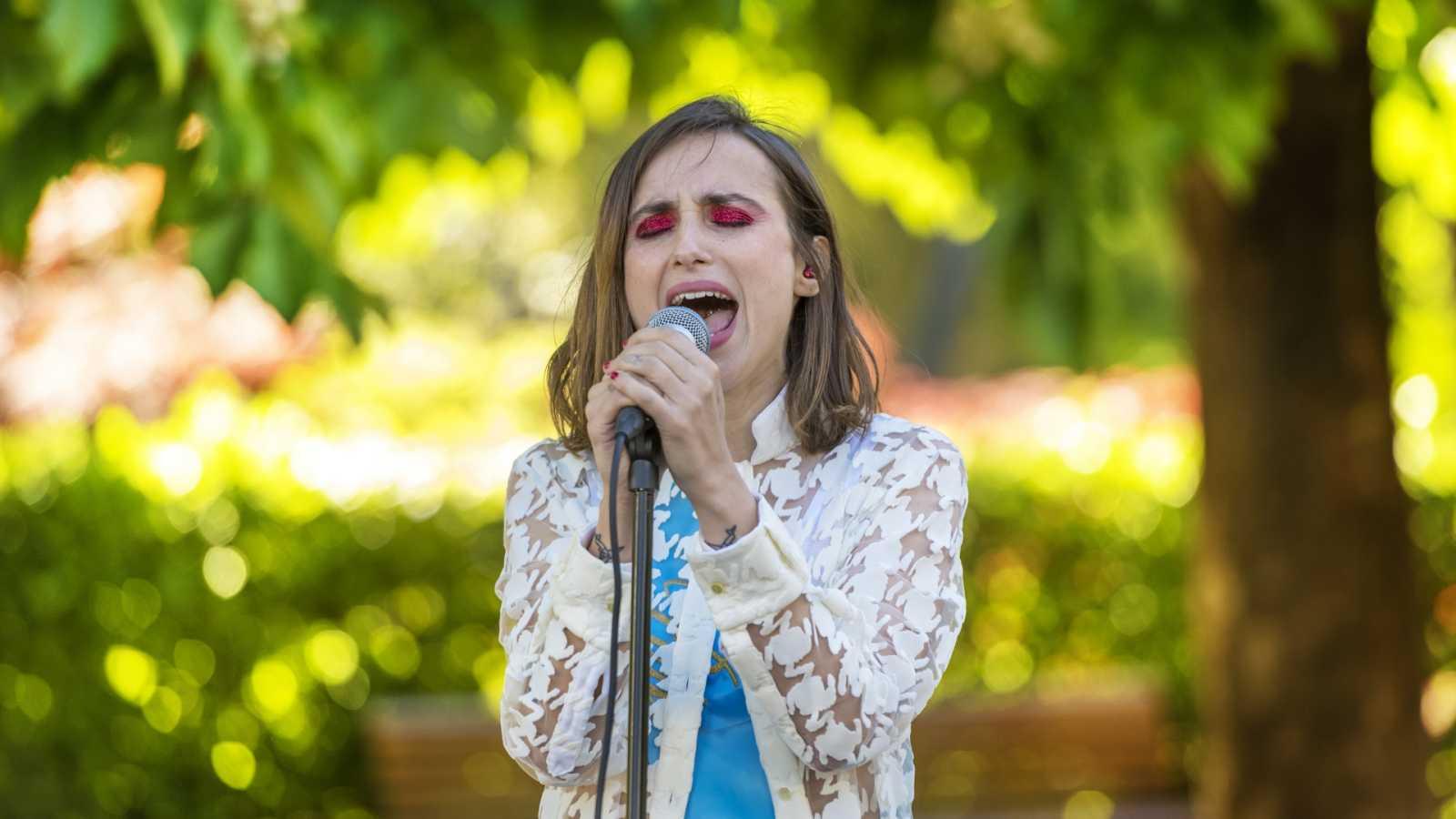 Zahara - Taylor (directo en el Jardín Botánico de Madrid)