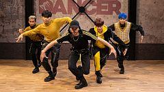 The Dancer - Actuación completa de Ponysquad boys